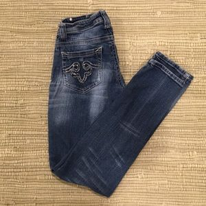 Red Rivet distressed skinny jeans size 7